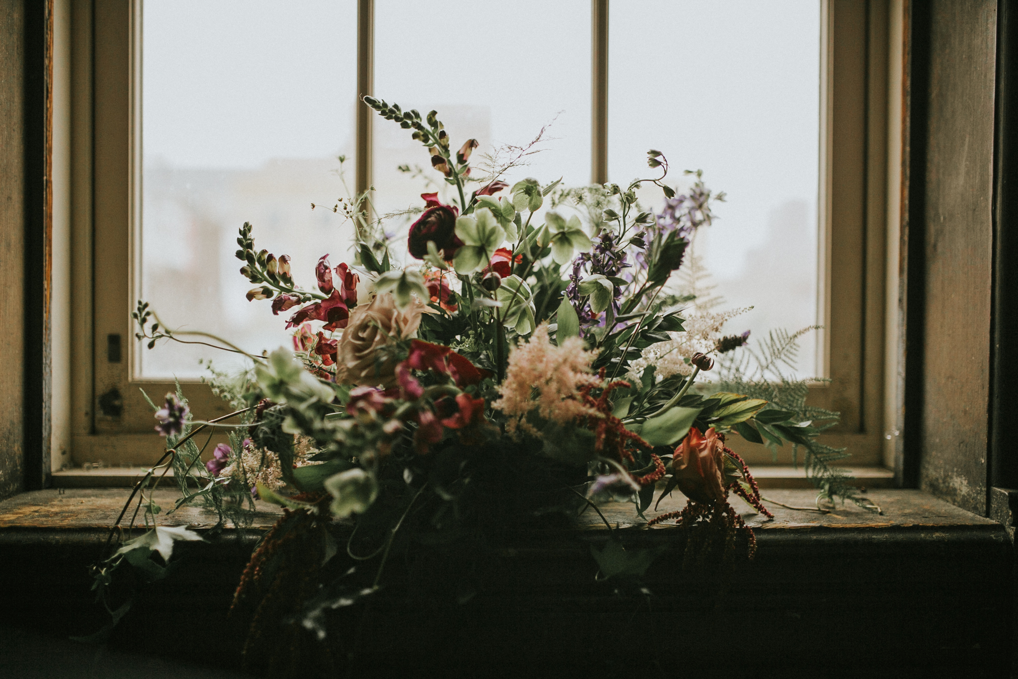 bridal-details-milwaukee-bouquet-flowers-turner-hall-ballroom-moody-wildflowers-social-1