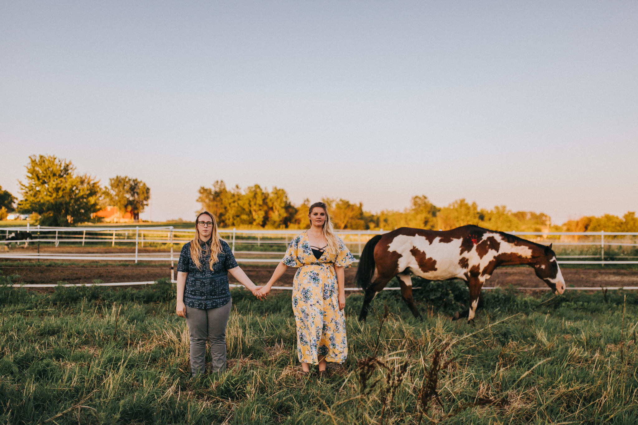 illinois-horse-farm-engagement-1